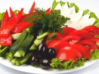 Ассорти овощное с брынзой 1/430